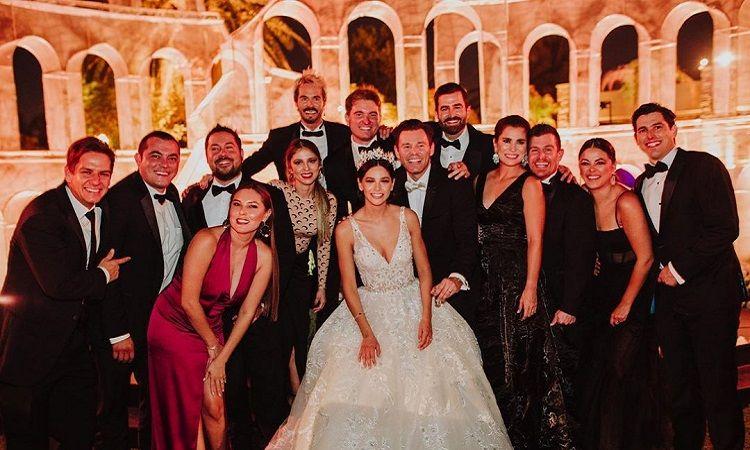 Organiza actor boda y en su fiesta se contagian cien personas de Covid