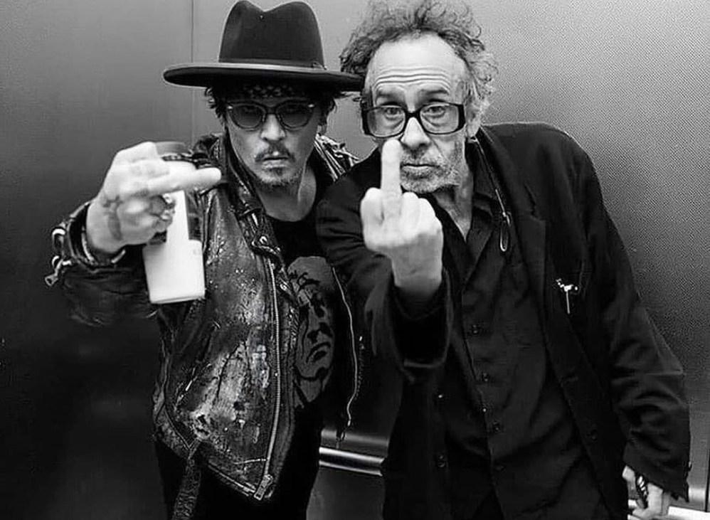Tim Burton al rescate de Johnny Depp
