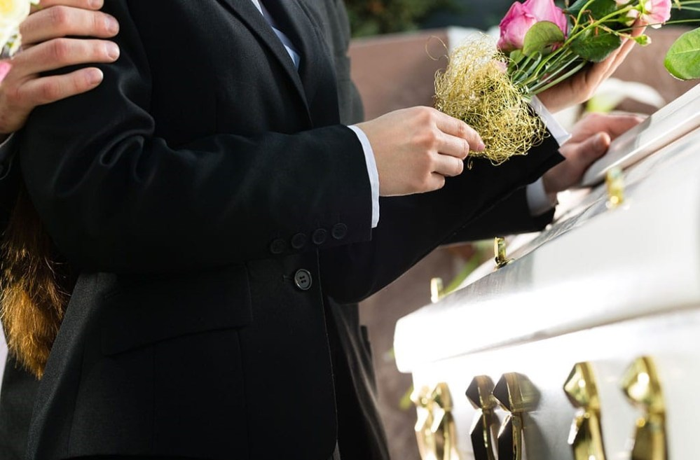 Darán 11 mil pesos a familiares de personas fallecidas por Covid en México