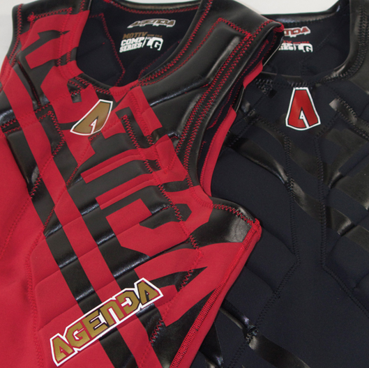 Motiv Comp series PFD RZ - Red and Black Detail Combo