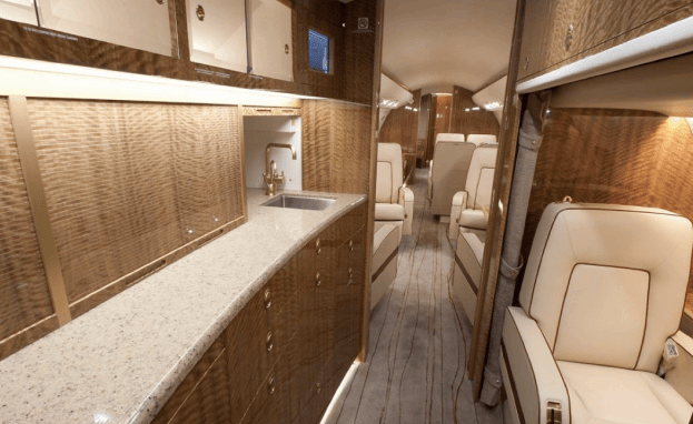 Bombardiers Global 6000 Long Range Private Jet For Sale