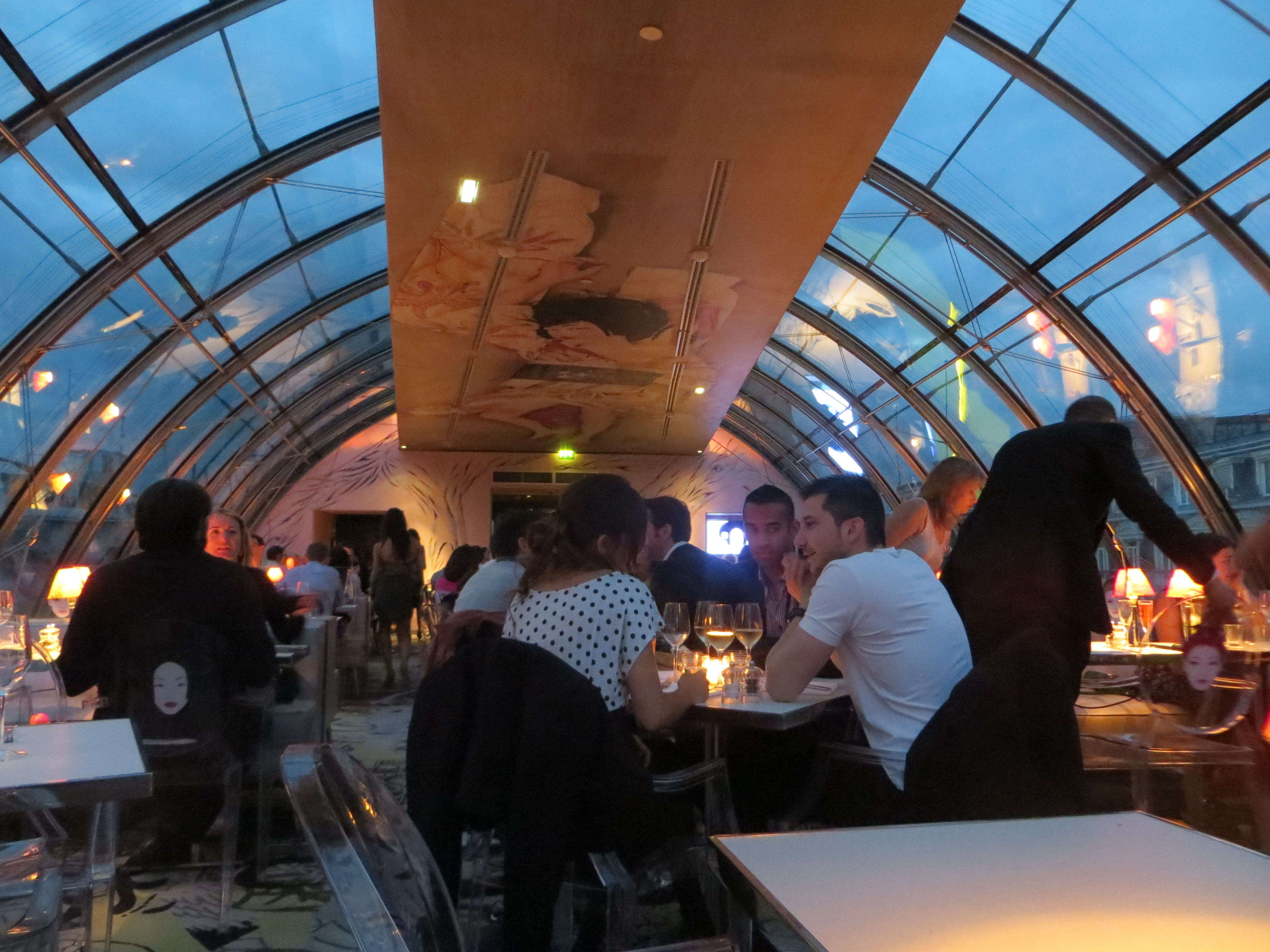 Kong Restaurant with view over Paris  Agent luxe blog