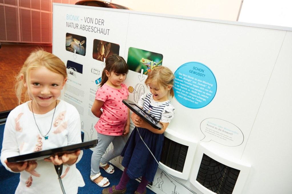 Markenerlebniswelten - Spielecke für Handel und Shoppingcenter - Mercedes-Benz Kinderstadt - Wissenslounge- Agentur Ravensburger