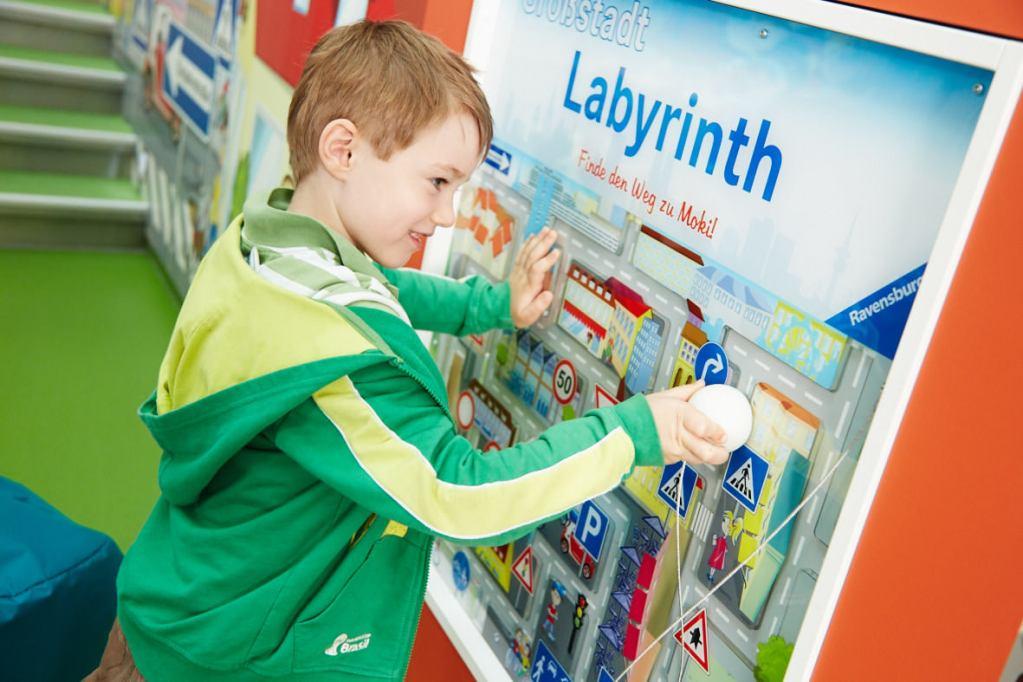 Ravensburger, Labyrinth, individuell, Wandspiel, Spielelement, Beschäftigung