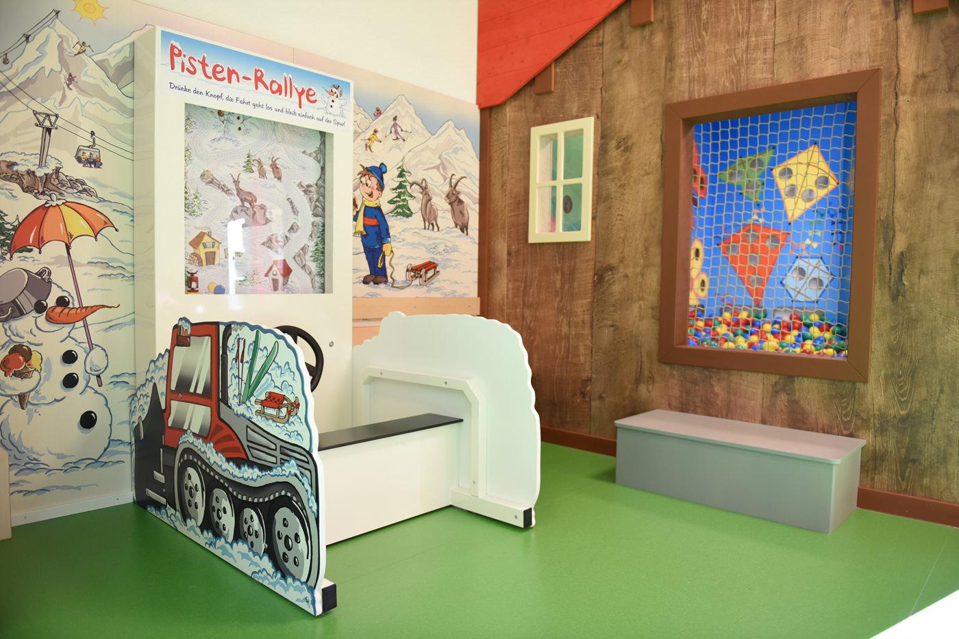 Spielecke für Hotel und Gastronomie - Pradas Resort Brigels - Bällebad