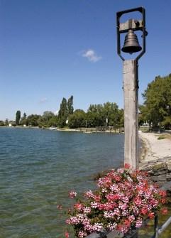 Glocke an der Schiffsanlegestelle Insel Reichenau