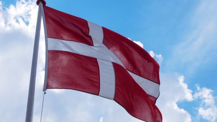 flag-1819561_1920.jpg