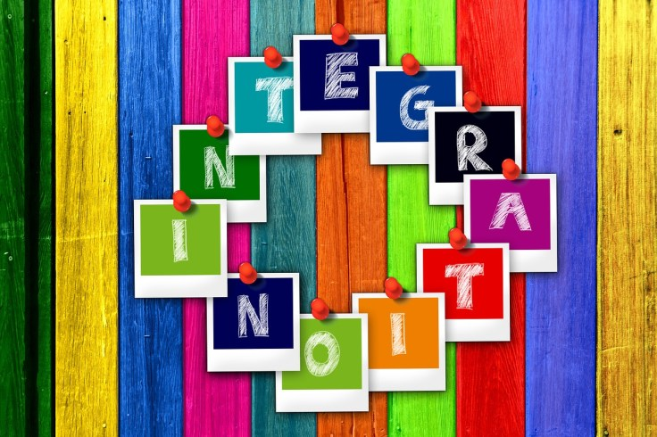 integration-2489613_1280