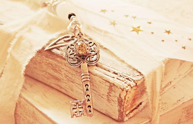 key-2471007_1280.jpg