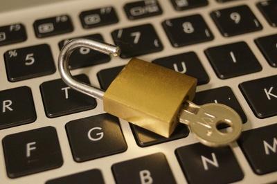 Sicherheitslücke in WordPress 4.2 beheben