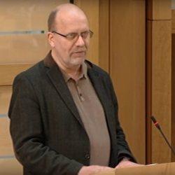 """酷新闻:苏格兰牧师反性平教育""""国家出钱把木马植入孩子脑中"""""""