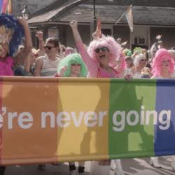 酷新聞:紐奧良「逆向遊行」挺同志絕不回頭