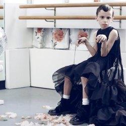 酷新聞:最年輕扮裝皇后 9歲男孩成為同志遊行「嬌」點
