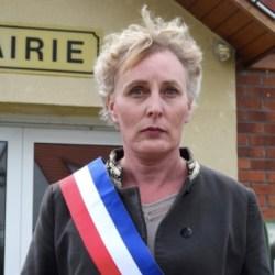 酷新闻:法国小镇选出 首位跨性别市长