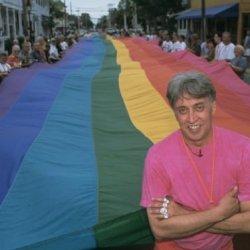 酷新闻:纽约知名博物馆 收藏全球第一面彩虹旗