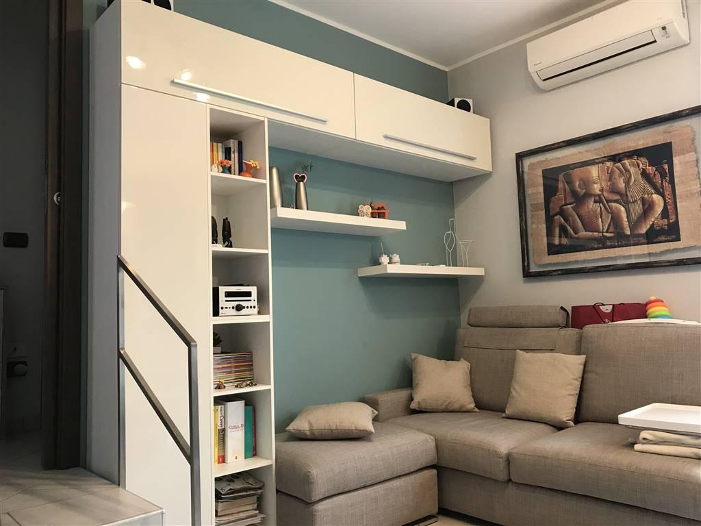 Wohnung In Verkauf In Lentate Sul Seveso (Monza Brianza) - Hin. 240