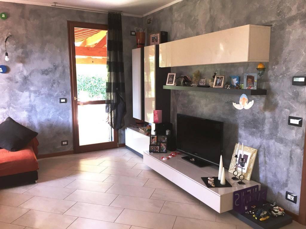 Reihenhaus In Verkauf In Gazzo Veronese Zone Correzzo (Verona) - Hin