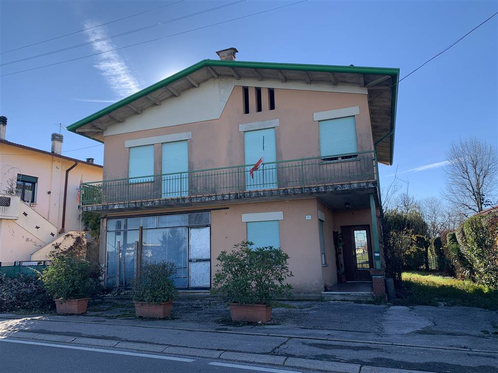 Casa Singola In Vendita A Gazzo Zona Grossa Padova Rif P Gz160
