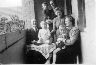 Grossvater Cousin Reinhold Heinz Tante Hajo Paula