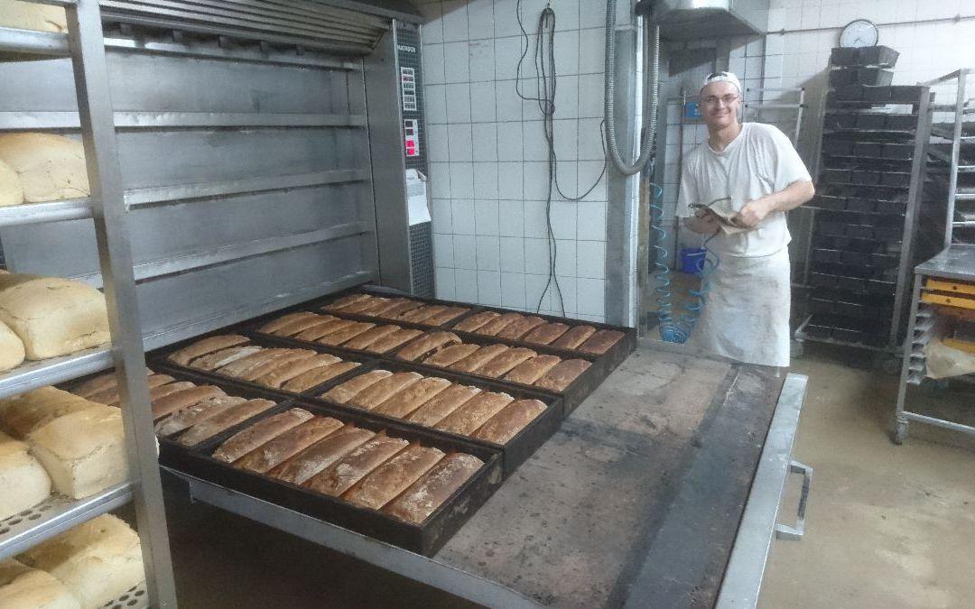 Paderborner aus dem Ofen und nur heute – 3,00€ statt 3,20€ ==> Guten Morgen!