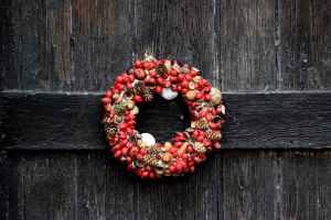 Holiday Wreath Making Workshop @ Woodbury Senior Center | Woodbury | Connecticut | United States