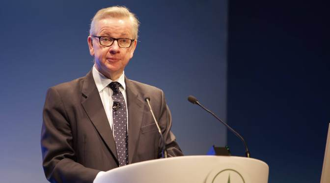 UK Farm Minister Urges British Producers to Lead the World in Technology