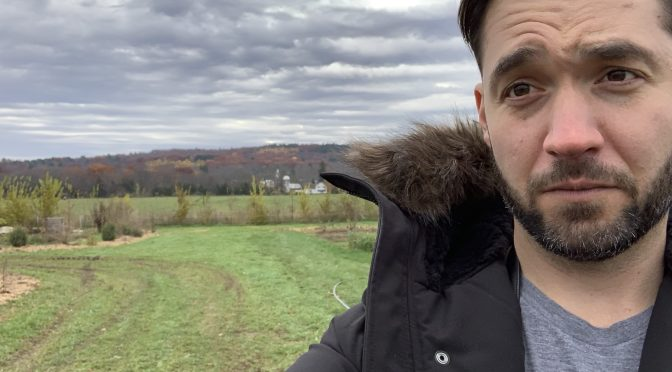 10 Minutes With Alexis Ohanian on Why He's Investing in FoodTech & Agtech