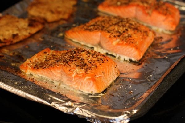 salmon recipes broiled oven with sauce grilled easy for