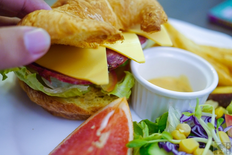 花蓮美食-柳橙樹早午餐-愛心待用餐廳   大腸麵線阿米GO