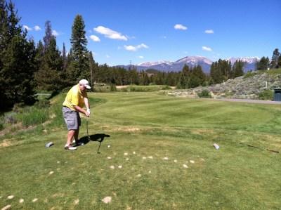 Bob Hartman Golfing