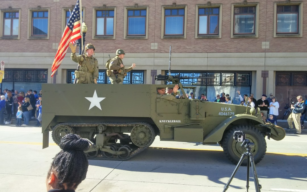Knoxville Veteran's Day Parade Goes 360