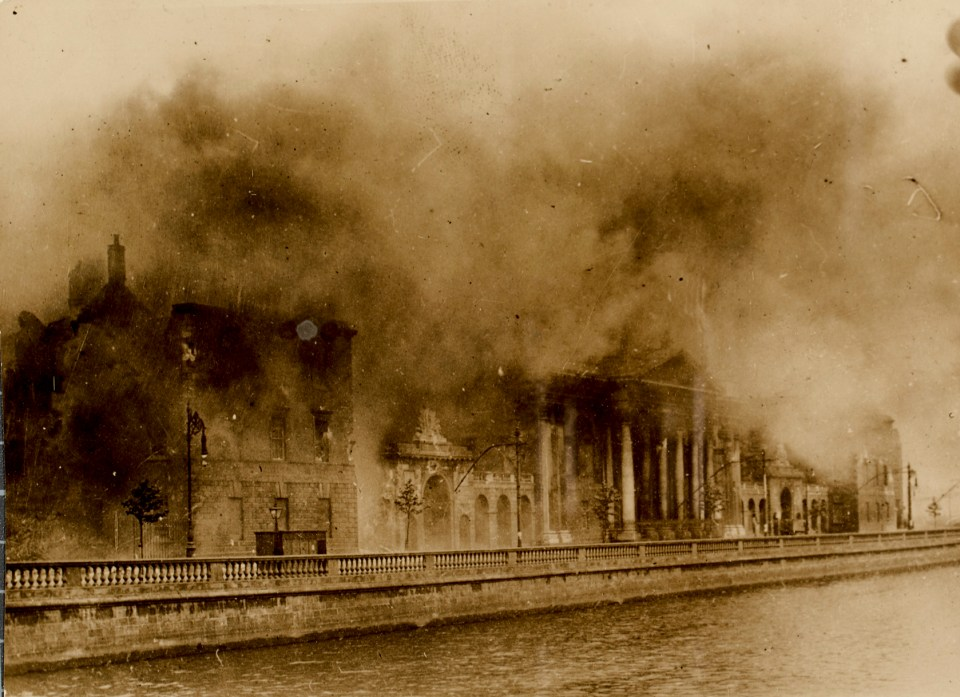Four_Courts_Conflagration
