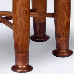 loos table legs