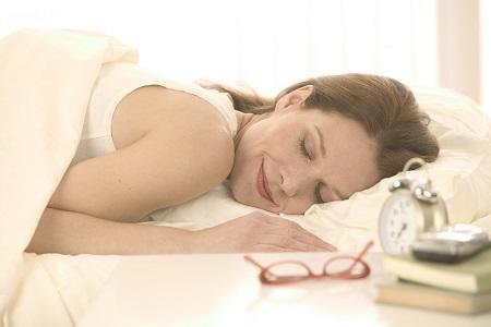 肌年齢が若くなる睡眠