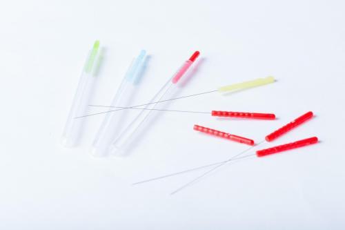 鍼灸院でで使用するハリ