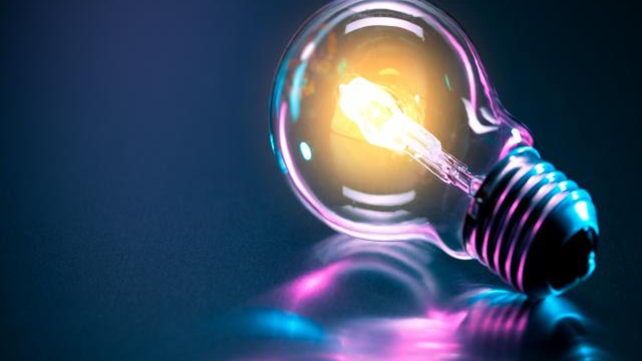 Light-bulb-colorful
