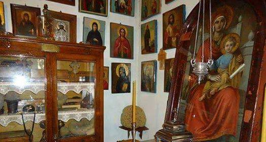 Η θαυματουργή εικόνα της Παναγίας, στο δωμάτιο του Αγίου Νεκταρίου του Θαυματουργού στην Αίγινα και η ιστορία της