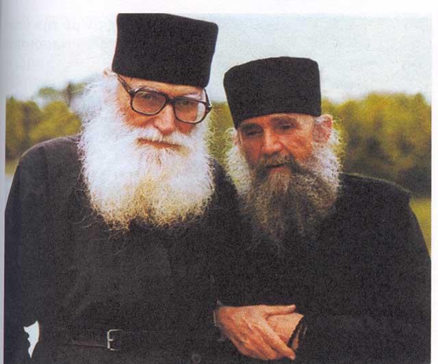 Πατρικαί Νουθεσίαι Γέροντος Ἐφραίμ Φιλοθεΐτου – «Περί Σιωπῆς, Ἀργολογίας καί Παρρησίας» [Ἐπιστολή 1η – 11η]