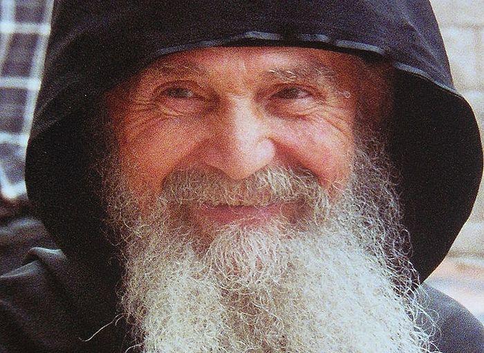 Το «Μεγάλο έργο» του γέροντα Εφραίμ της Αριζόνας Συνομιλία με την Αλεξάνδρα Λαγού, πνευματική κόρη του Γέροντος Εφραίμ
