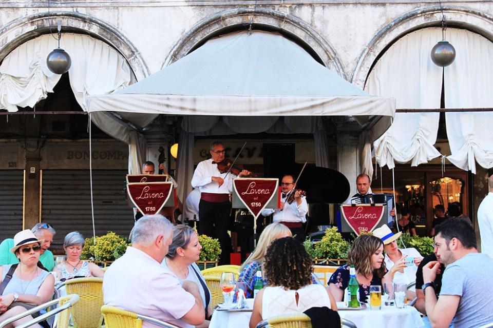 venice cafe holiday italy