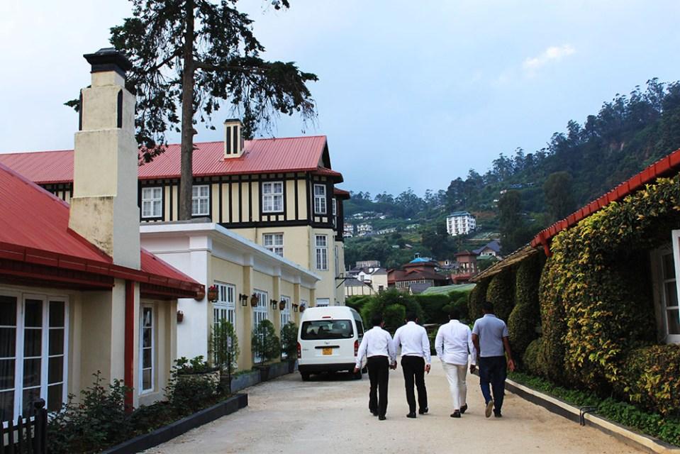 the grand hotel tour at nanuoya sri lanka