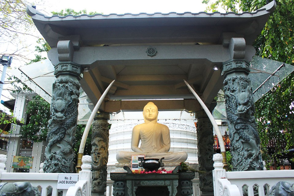 buddha temple sri lanka lonely planet hottest destination 2019