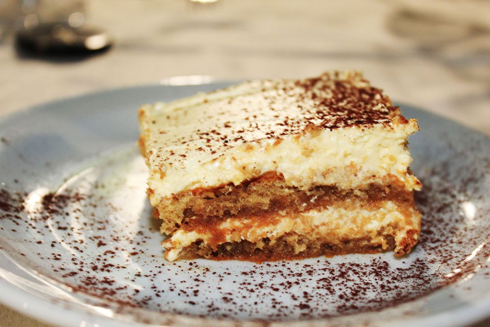 travellers starving for traveling to enjoy tiramisu in Italy
