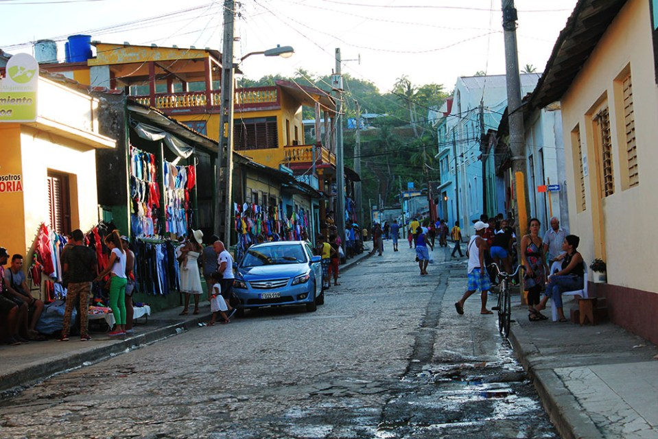 the road trip in cuban streets