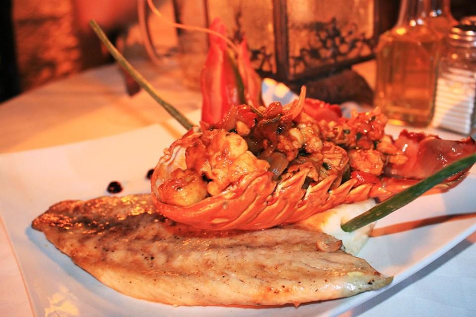 lobster dish at restaurante 1800 camaguey cuba food guide
