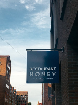 Restaurant Honey is the best place for hygge and having digital detox trip