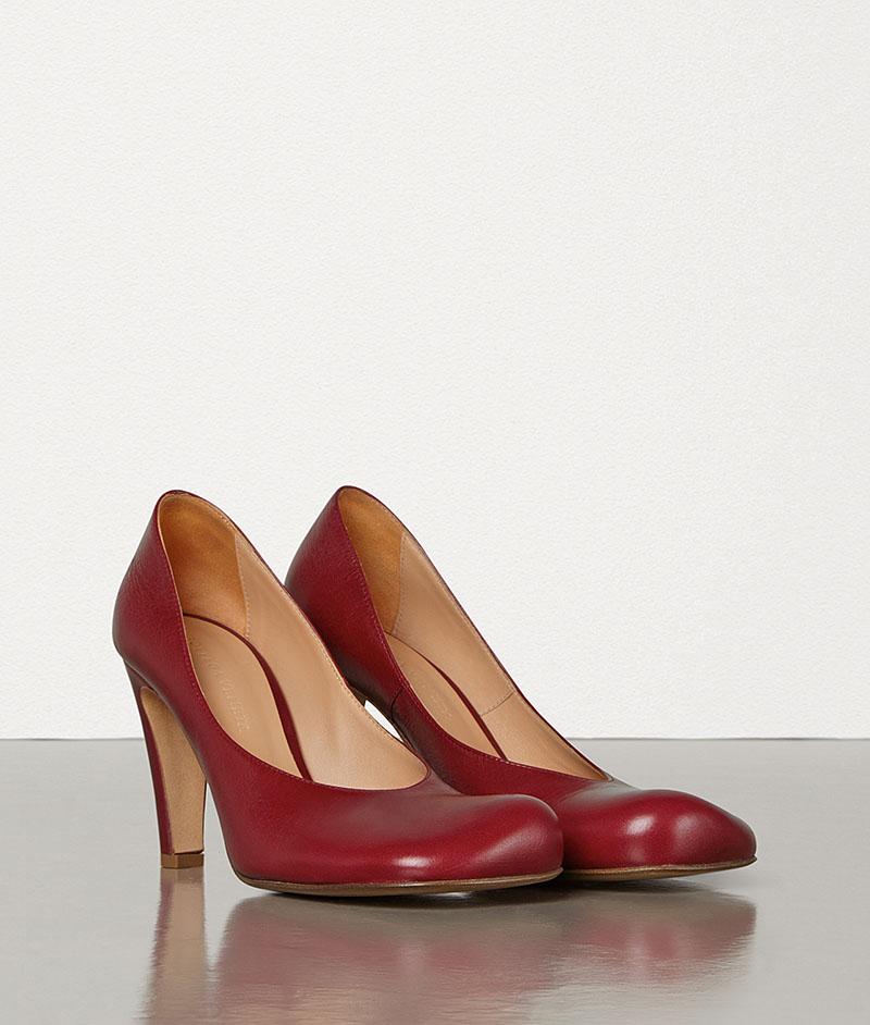 Bottega Veneta red vintage squared-toe shoes summer trend 2019