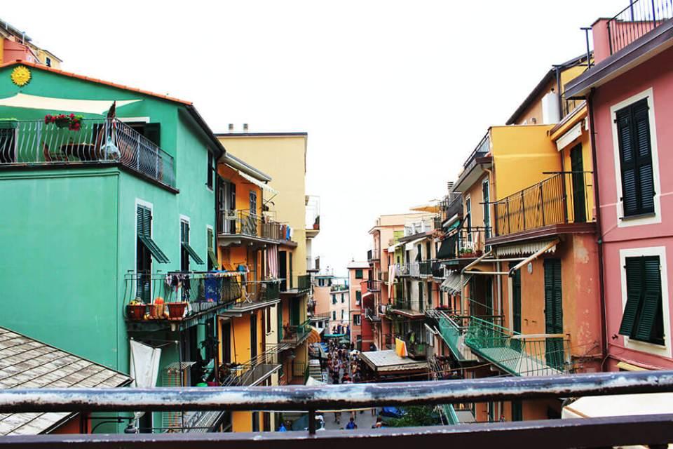 cinque terre colourful houses zoom in agirlnamedclara
