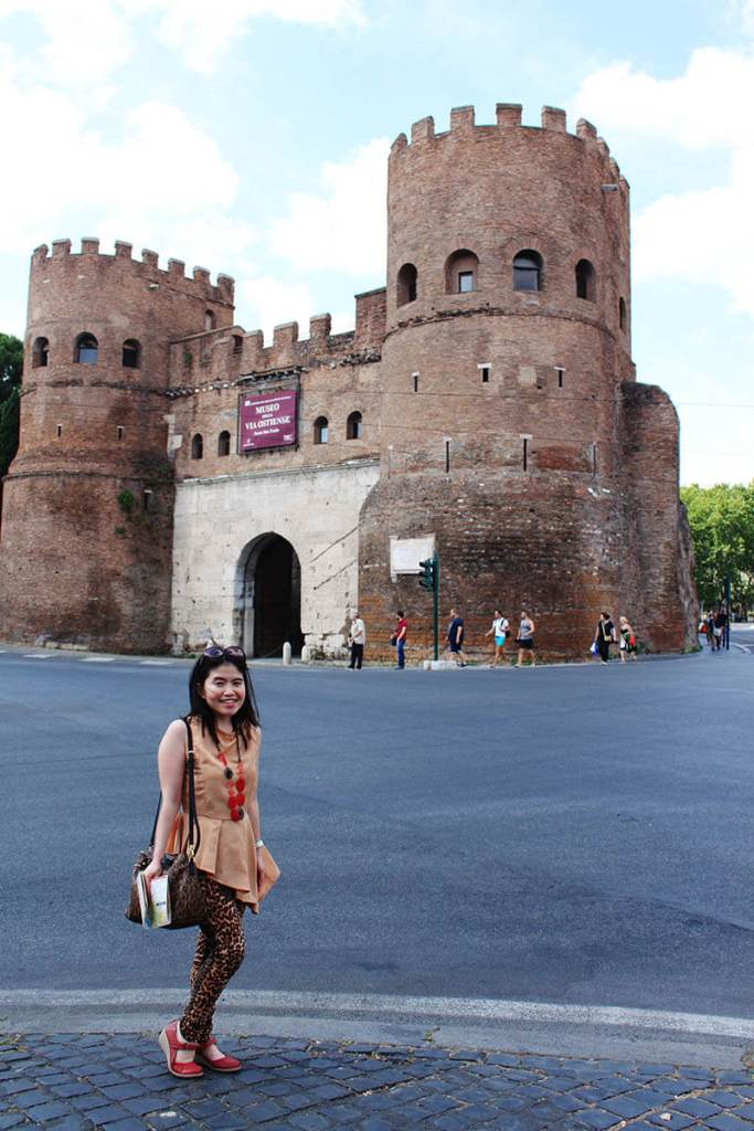 girl tourist castle rome summer holiday agirlnamedclara