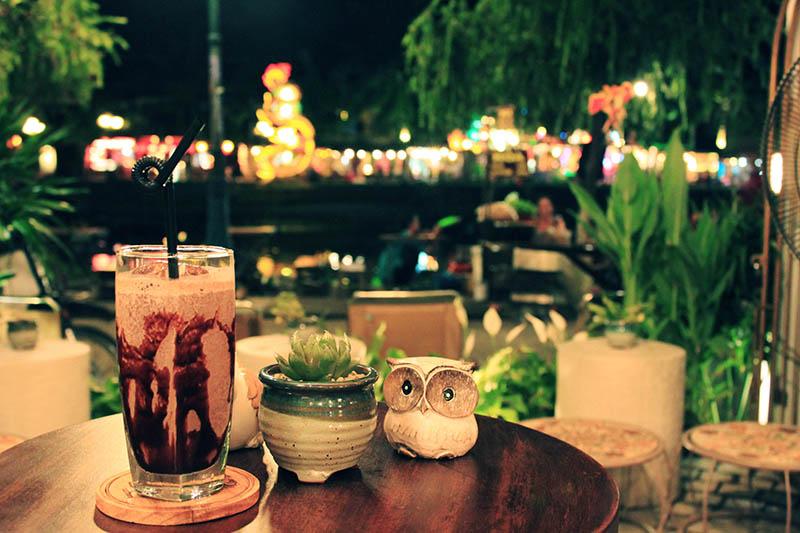 cute decoration hoi an bird cafe iced chocolate night river view agirlnamedclara